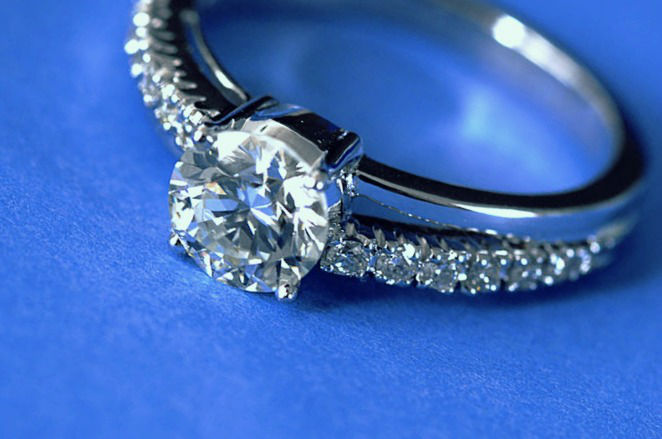 Le diamant comme preuve d'amour éternel