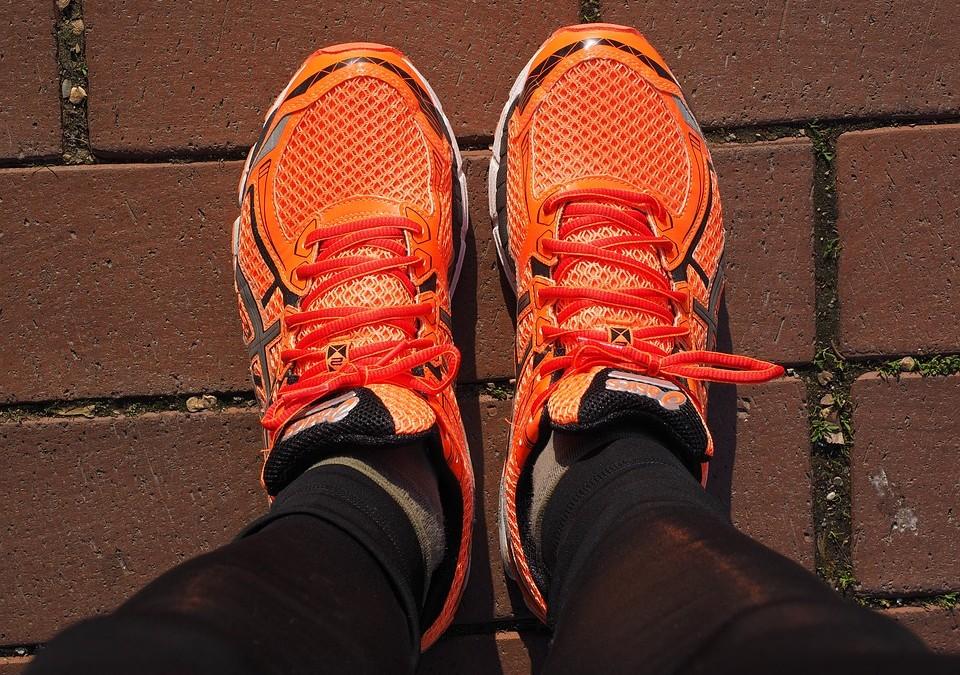 Prendre soin de ses pieds avec des chaussures de sport adaptés